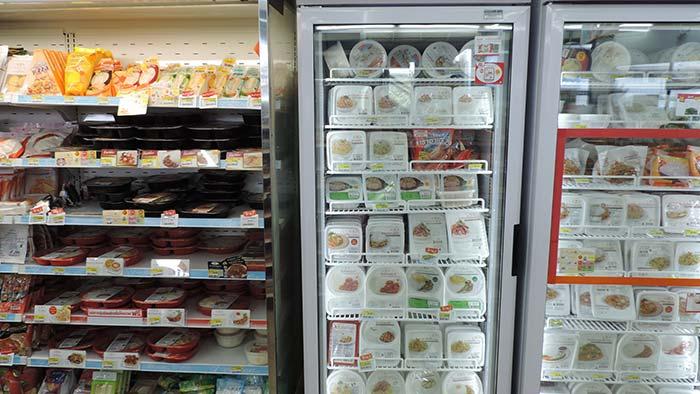 Einkaufen in Thailand - Fertiggerichte