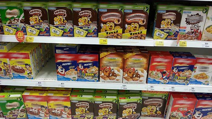 Einkaufen in Thailand - Cornflakes und Müsli
